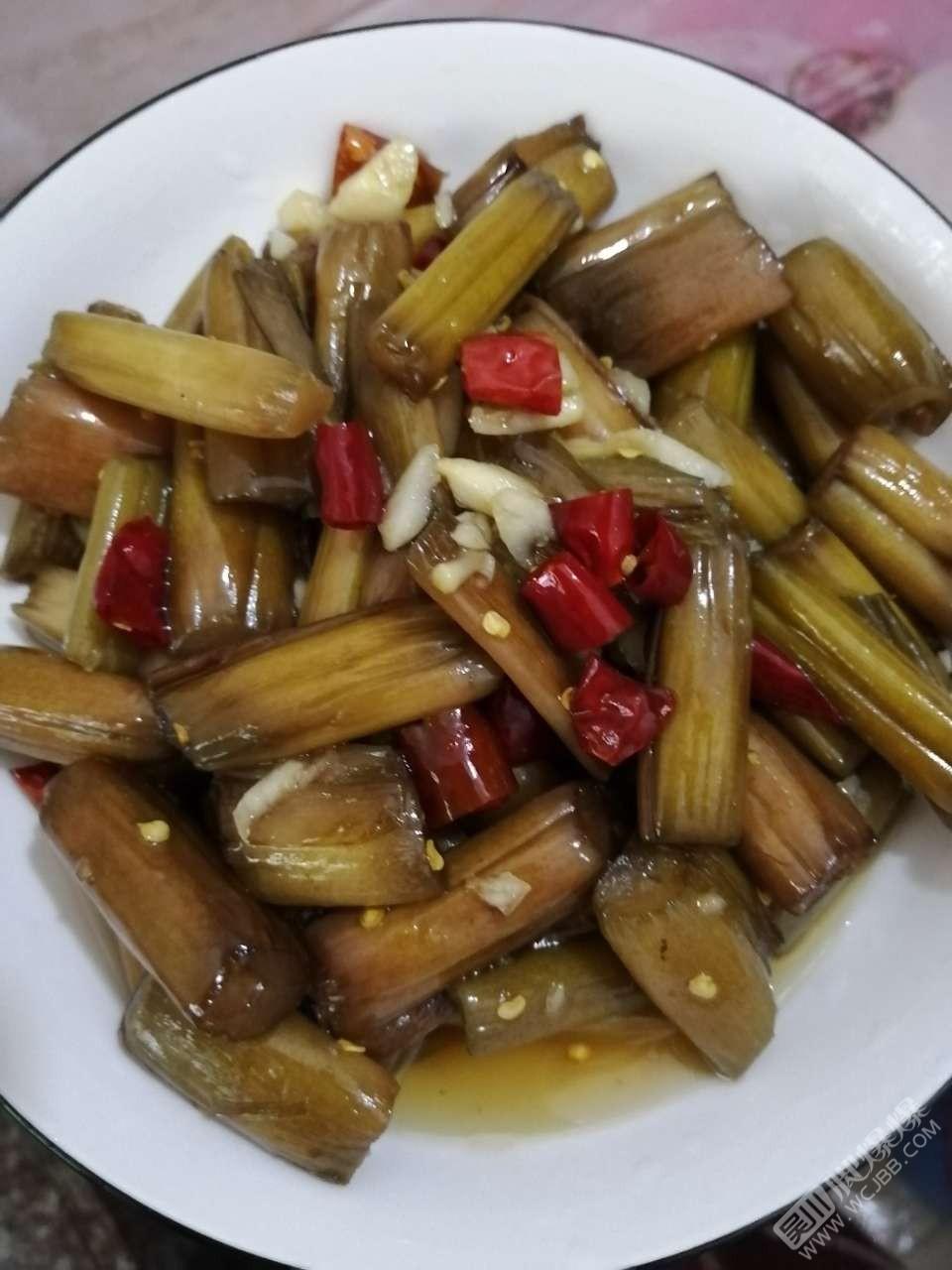 老味道 这些简简单单的腌制芋壳,小时候你们经常吃吗?
