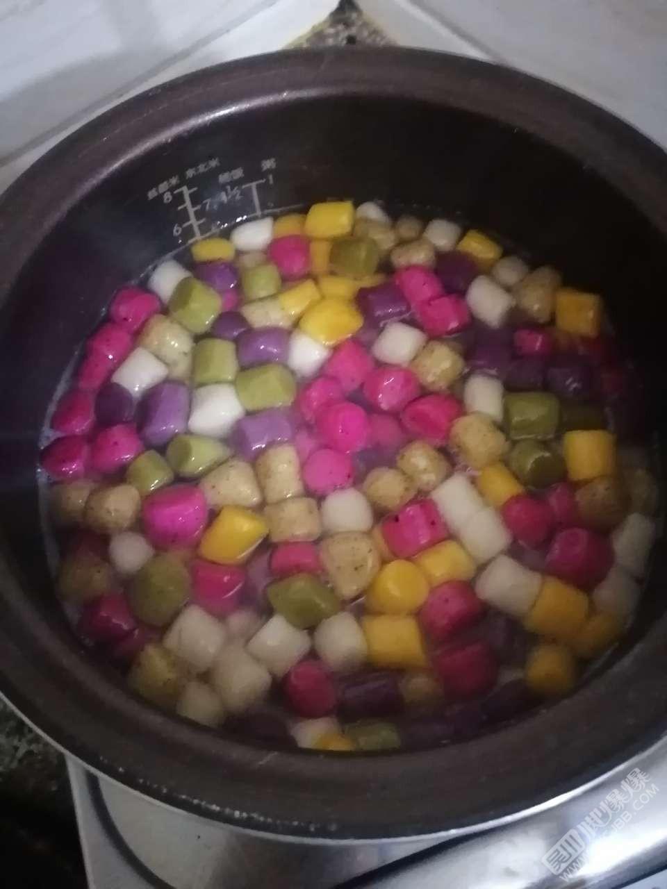 爆友的木瓜,做成了糖水