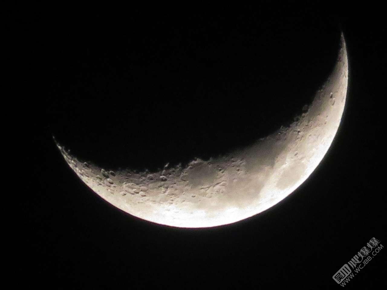 今晚的月亮。