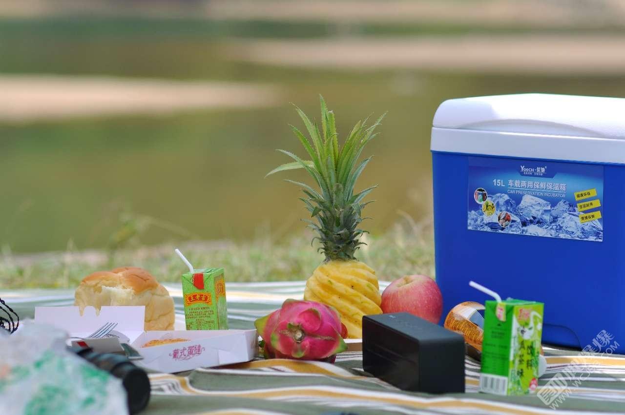 五一假期郊区野餐