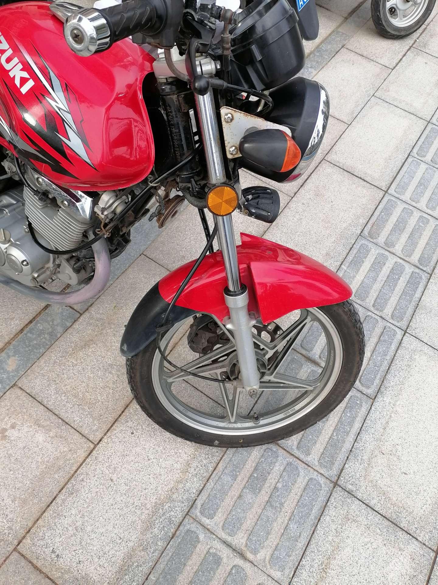 現在哪里還有精修摩托車的師傅?
